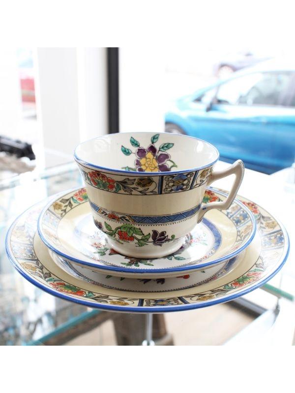 Tazzina da tè (con doppio piattino) Minton del 1928