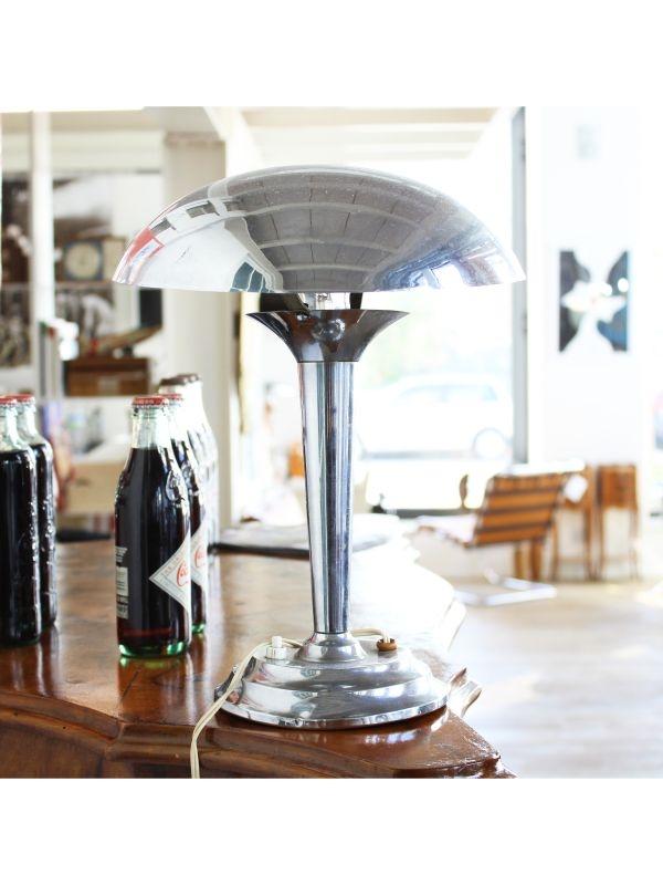 Lampada da tavolo   del 1930 ca