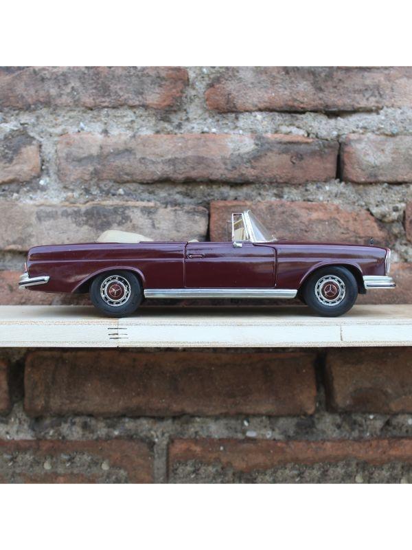 Modellino Mercedes 280SE 1966 Maisto del 1970 ca